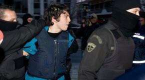 Texte de Nikos Romanos pour le début de sa grève de la faim : Asphyxie pour une bouffée de liberté