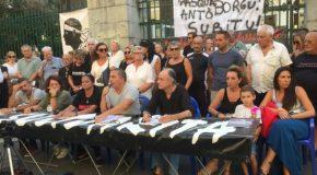 L'Associu Sulidarità dénonce le non-rapprochement de trois prisonniers politiques