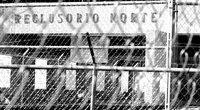 Les autorités pénitentiaires saccagent et détruisent la bibliothèque autonome Xosé Tarrio dans la prison nord de Mexico. Répression contre le collectif CIMARRON
